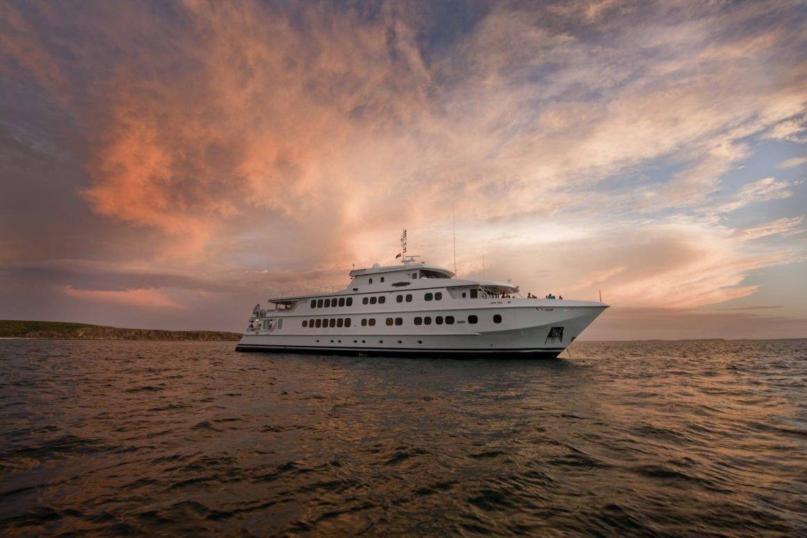 West Coast Glory - True North Cruise